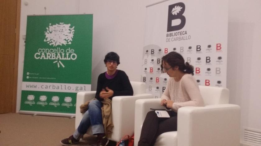 """María Reimóndez presentando a novela """"Dende o conflito"""""""